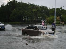 """雨很猛!湖北今明天雨水""""刷屏"""" 局地暴雨侵袭需防范"""