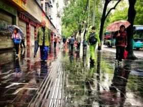 未来一周湖南雨水频繁秋意尽显 今天湘南局地或现暴雨
